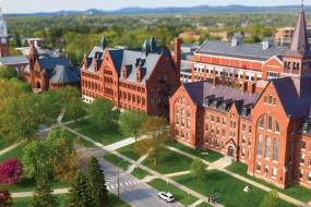 Sự khác biệt giữa trường cao đẳng và đại học tại Mỹ
