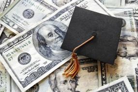 Sinh viên quốc tế trang trải chi phí cho việc học của mình ở Mỹ như thế nào ?